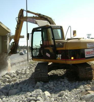 Escavadeira 20 ton. c/ rompedor