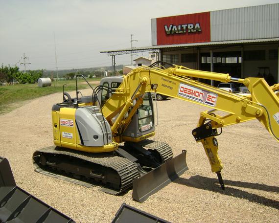 Escavadeira 12 ton. c/ rompedor