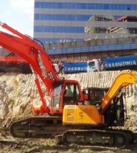 Escavadeira 50 ton. com rompedor